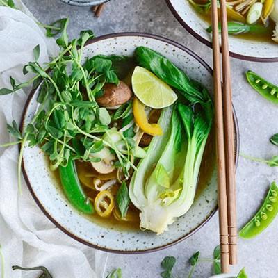 Super easy Edamame noodle soup via @fit.foodie.nutter #glutenfree #vegan #healthyrecipes #cleaneating #veganrecipes