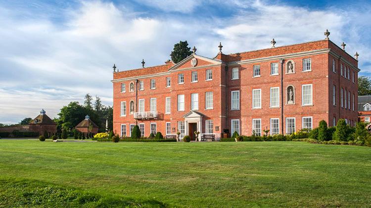 Four Seasons Hampshire. Photo credit @Four Seasons Hotel Hampshire