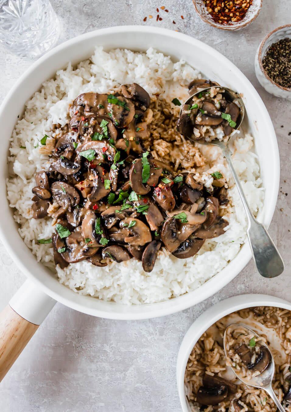 The best creamy vegan mushroom stroganoff – Fit Foodie Nutter